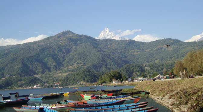 Pokhara tour - Phewa lake